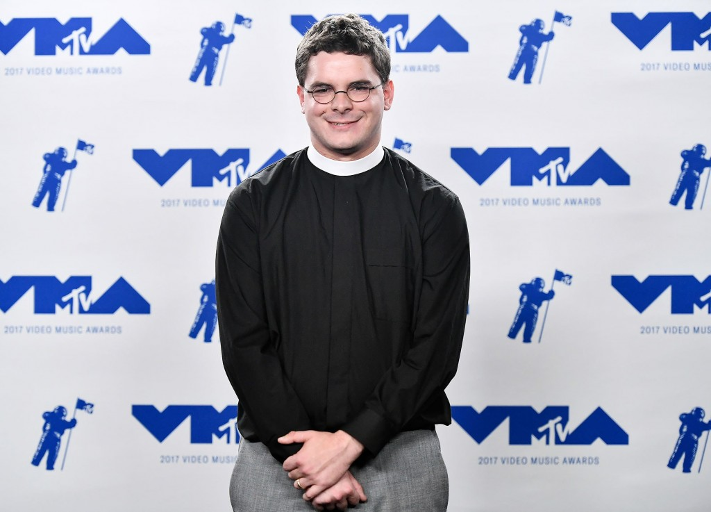 Mandatory Credit: Photo by Rob Latour/REX/Shutterstock (9028016bw) Rev. Robert Wright Lee IV MTV Video Music Awards, Press Room, Los Angeles, USA - 27 Aug 2017